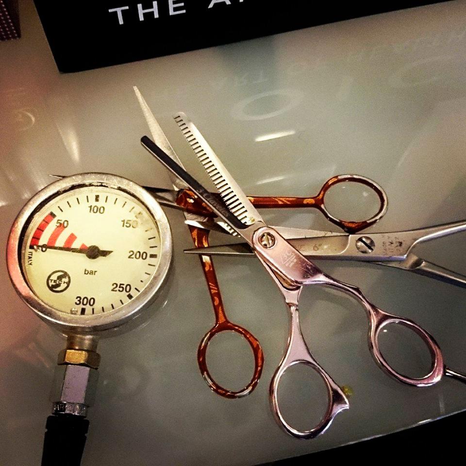 fryzjer nurkowy - akcesoria fryzjerskie i nurkowe