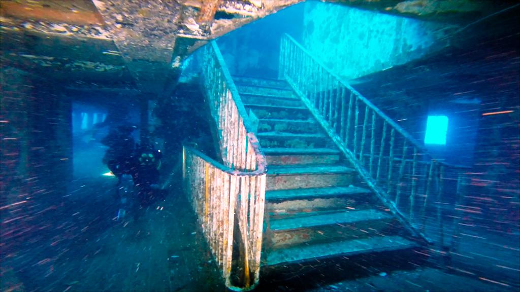 miejsca nurkowe na Gozo - wrak Karwela