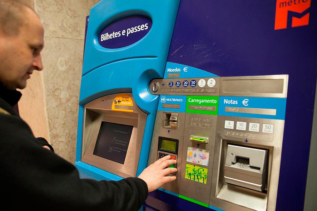 LIzbona, komunikacja: automat biletowy