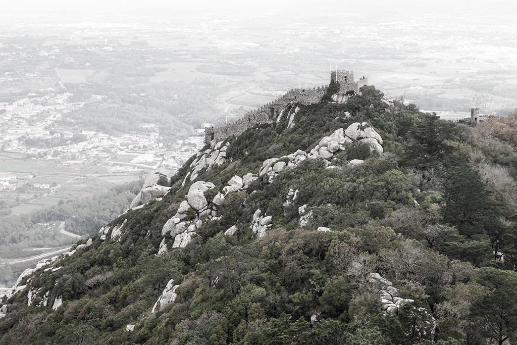 Zamek Maurów widziany z Pałacu Pena