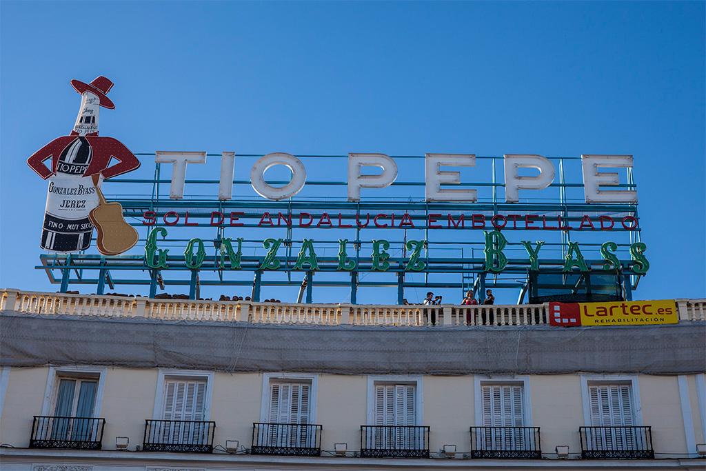 Madryt, reklama Tio Pepe na Puerta del Sol