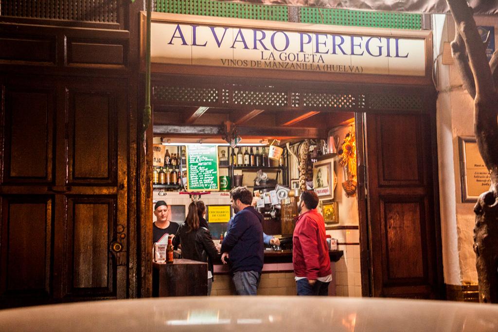 Alvaro Peregil, Sevilla