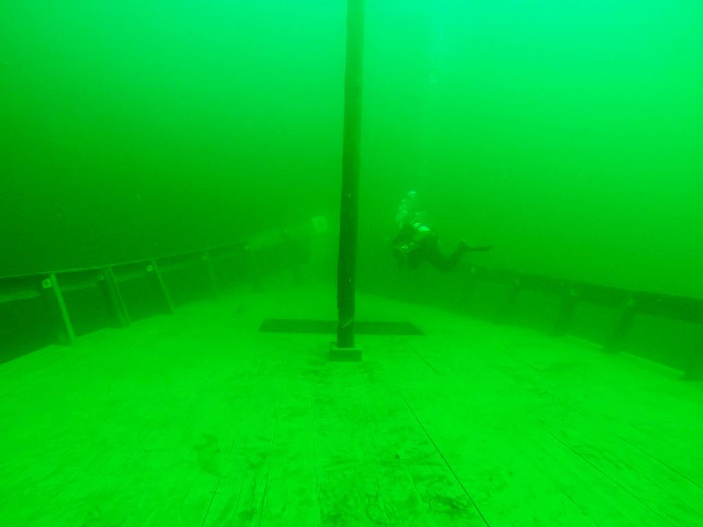 HMS Gruby / zrzuty z kamery