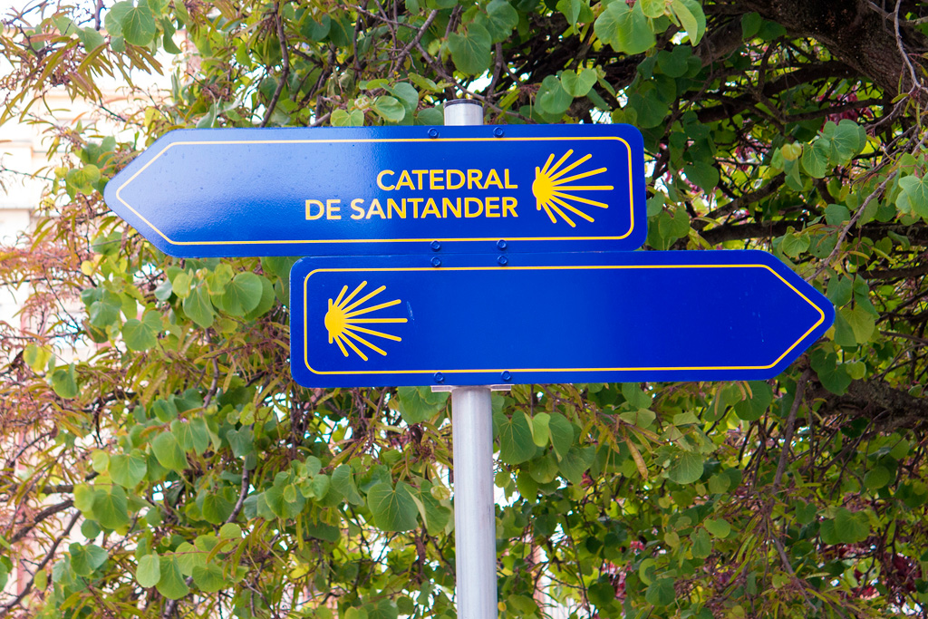 Nasza Camino zaczęła się dalej, choć drogowskazy kusiły...