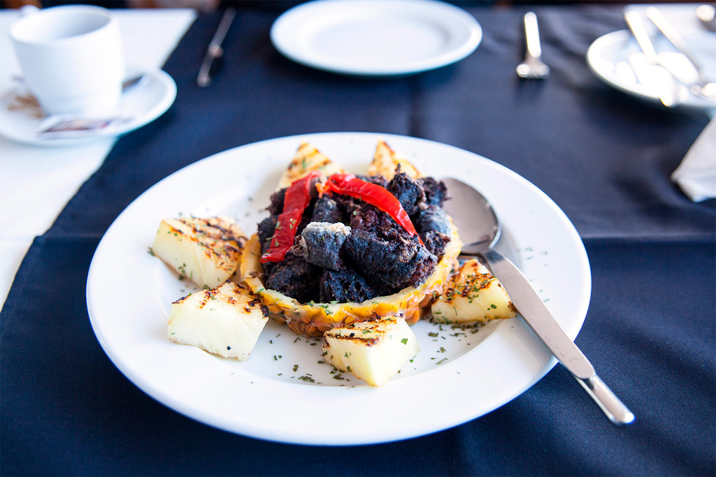 Co zjeść na Azorach? Morcela czyli prawie kaszanka