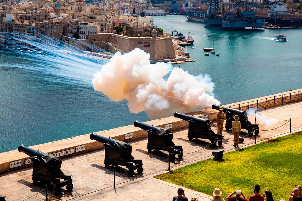 Malta, co zobaczyć albo usłyszeć? Wystrał z armaty salutacyjnej!