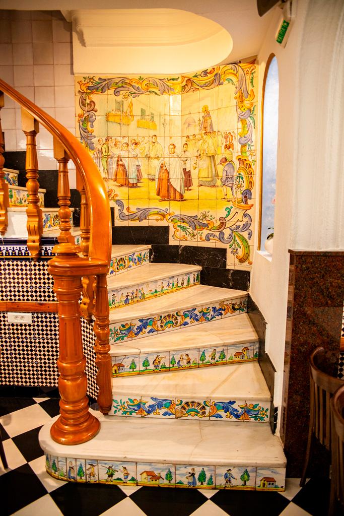 Horchateria Santa Catalina - schody na pięterko