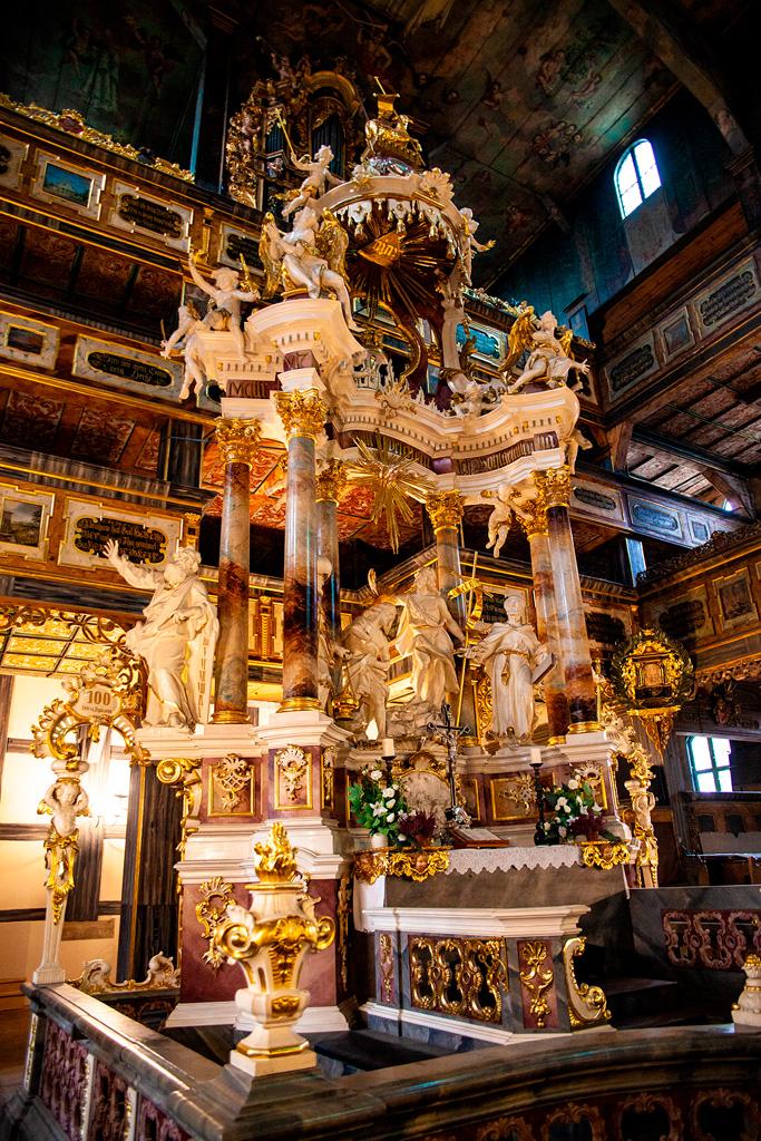 Kościół Pokoju w Świdnicy - zachwycający drewniany ołtarz