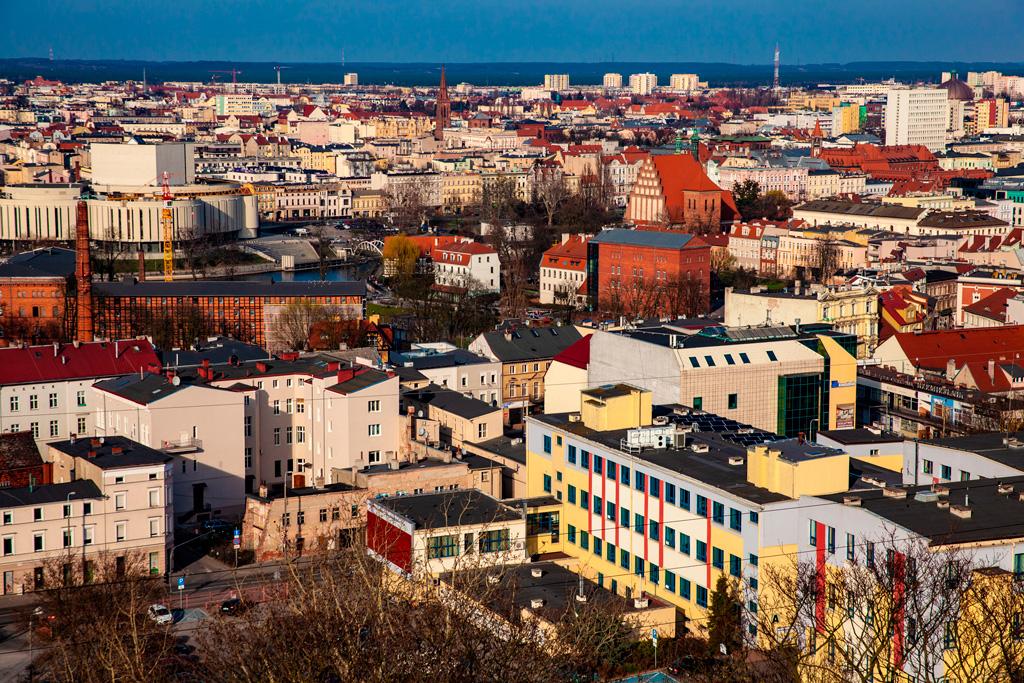 Bydgoszcz widziana z tarasu widokowego Wieży Ciśnień