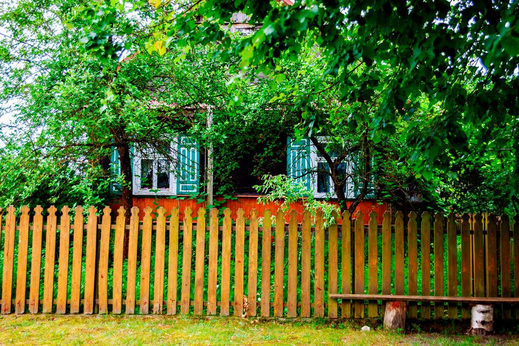 Podlasie z dala od asfaltu - drewniane domy