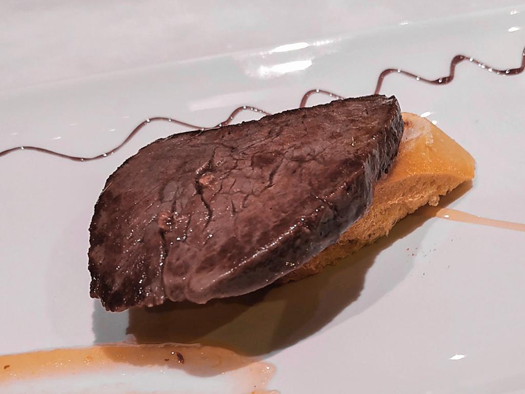 Polędwiczka - jedno ze smaczniejszych pintxos San Sebastian