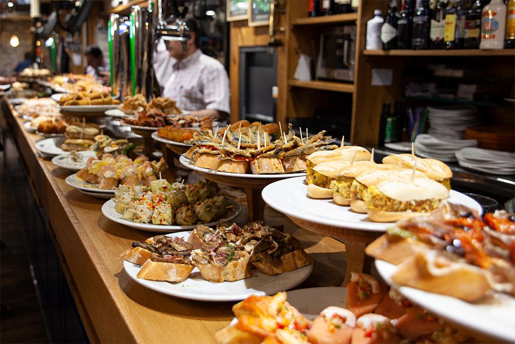 Co zjeść w San Sebastian - oczywiście pintxos!