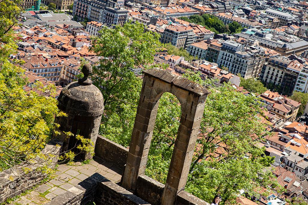 Co zobaczyć w San Sebastian? Widoki ze wzgórz na miasto!