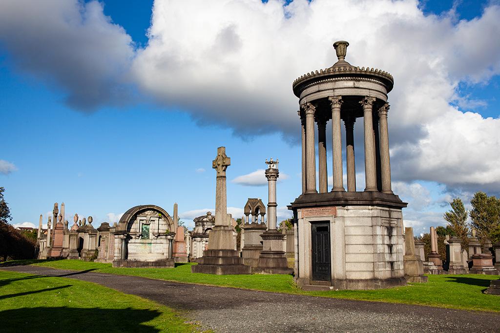 Glasgow Necropolis to dla miejscowych doskonałe miejsce do spacerów