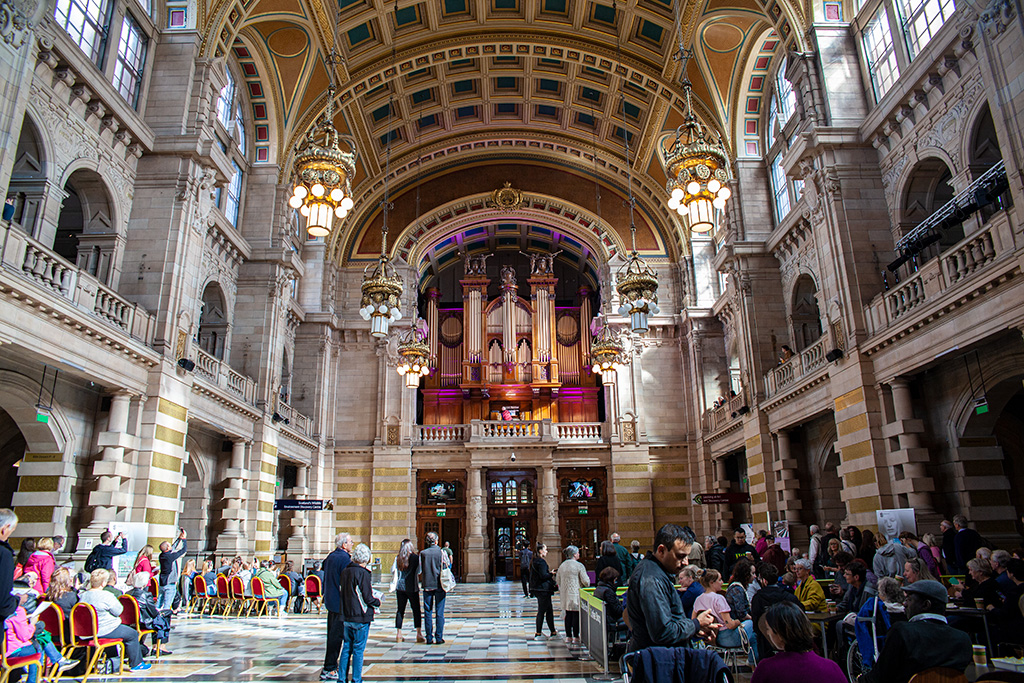 Co zobaczyć w Glasgow? Piękną salę organową w Kelvingove