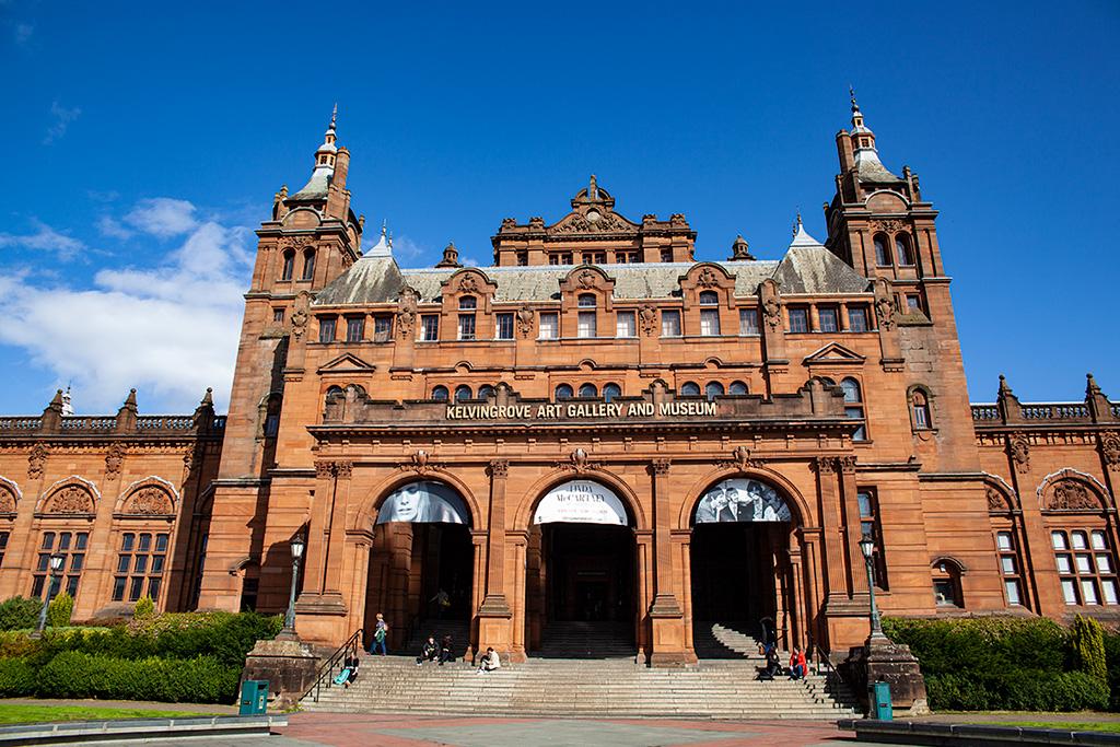 Co zobaczyć w Glasgow? Kelvingrove Art Gallery and Museum - za darmo!