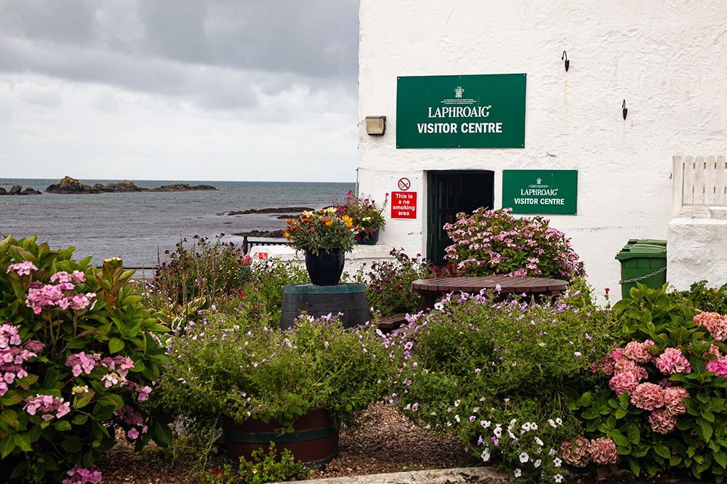 Laphroaig - zwiedzanie zaczynamy od Visitor Centre