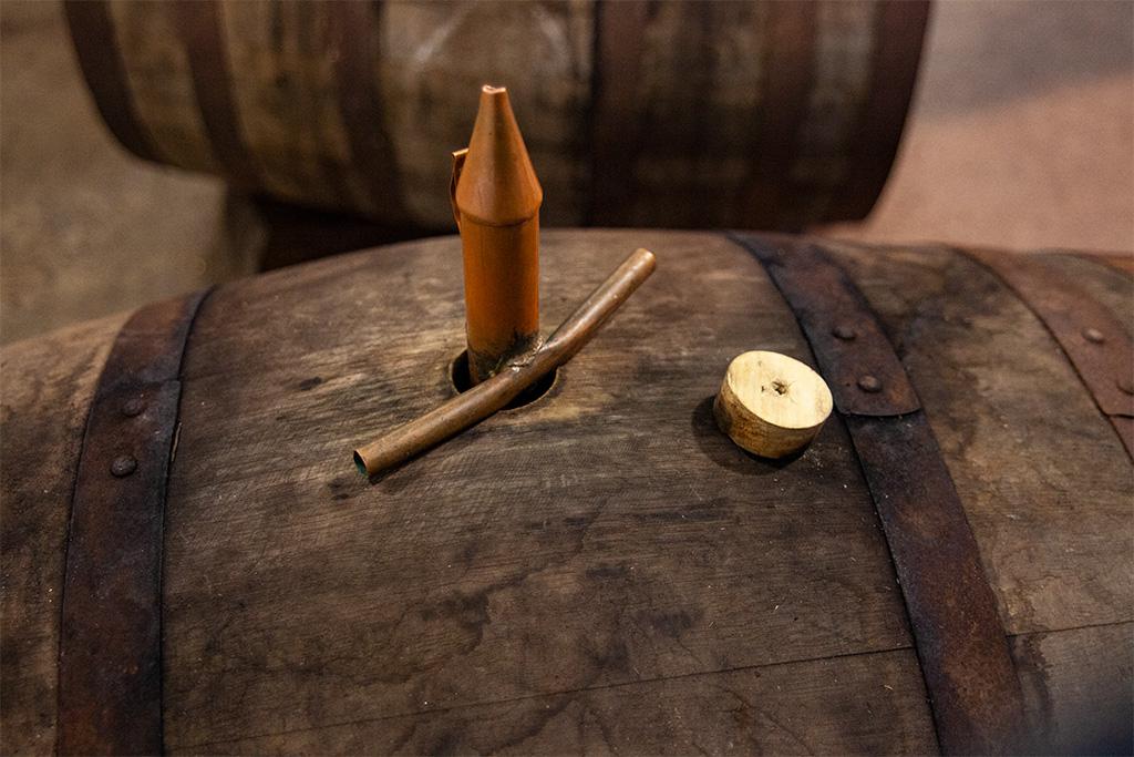 Beczka jużgotowa - otwarta i z pipetą