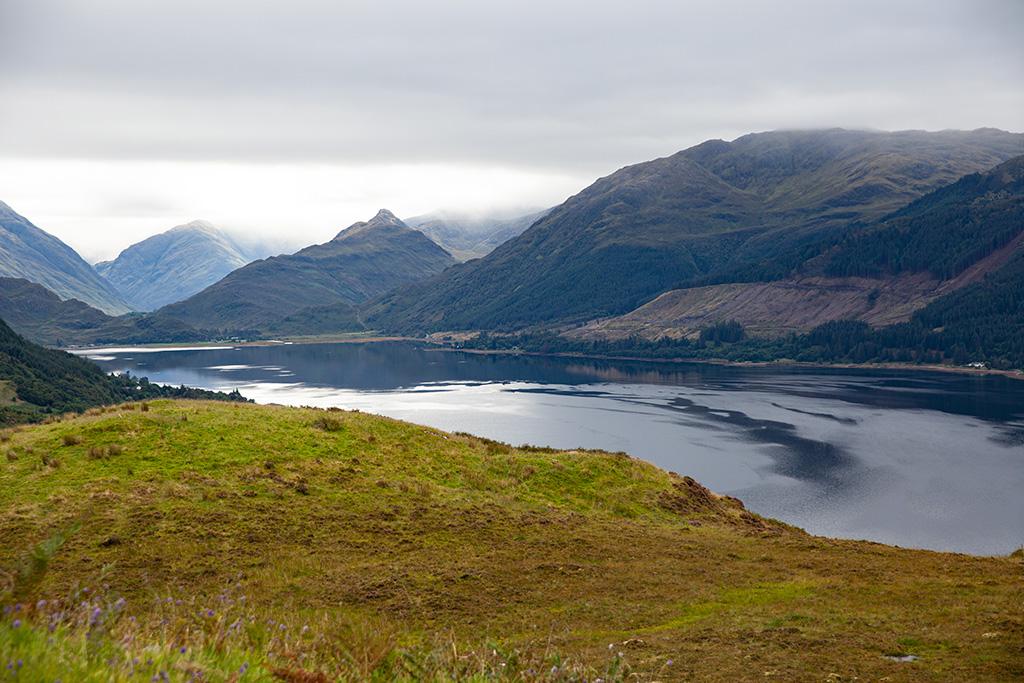 Co zobaczyć w Szkocji? Widoki na jeziora i góry