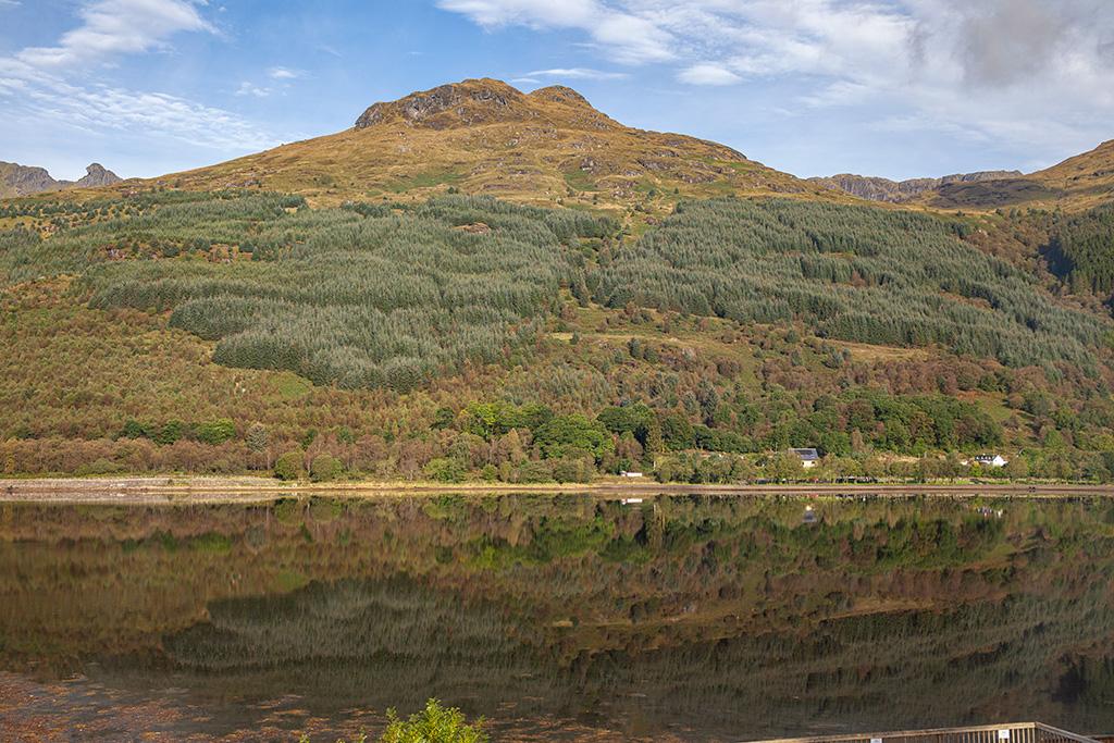 Arrochar – widok na drugą stronę Loch Long