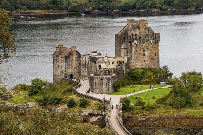 Eilean Donan Castle – widok ze wzgórza