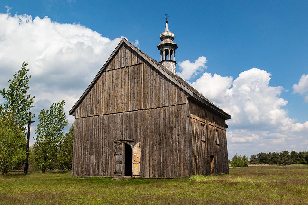 Skansen w Maurzycach – drewniany kościół z 1758 r.