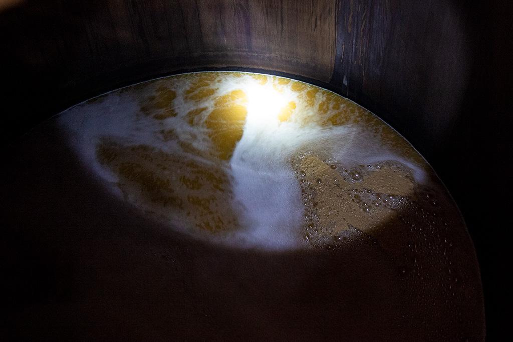 Jak powstaje Islay Single Malt – burzliwa fermentacja