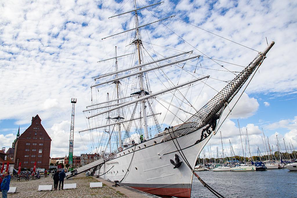 Stralsund –historyczny żaglowec Gorch Fock