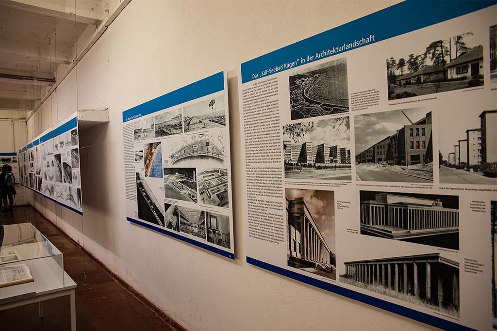 W muzeum jest dużo informacji na planszach, niestety głównie po niemiecku