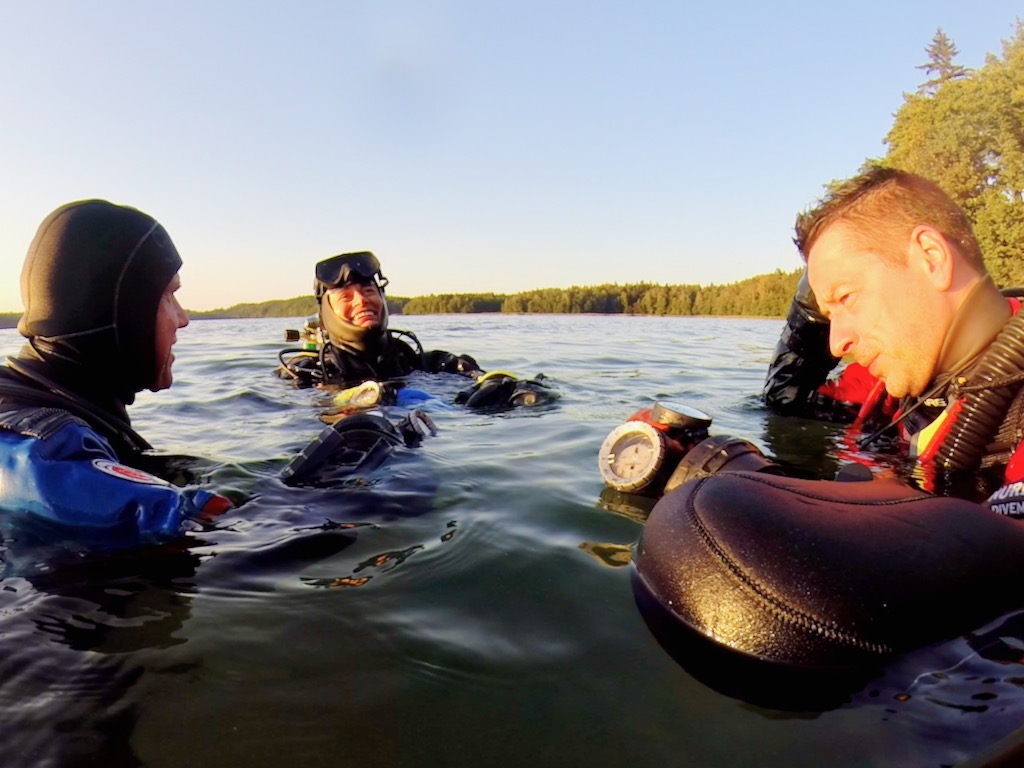Hańcza z Nurkersami –na powierzchni po zakończonym nurkowaniu